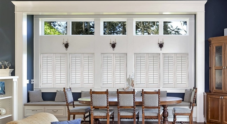 St. George dining room with shut plantation shutters.
